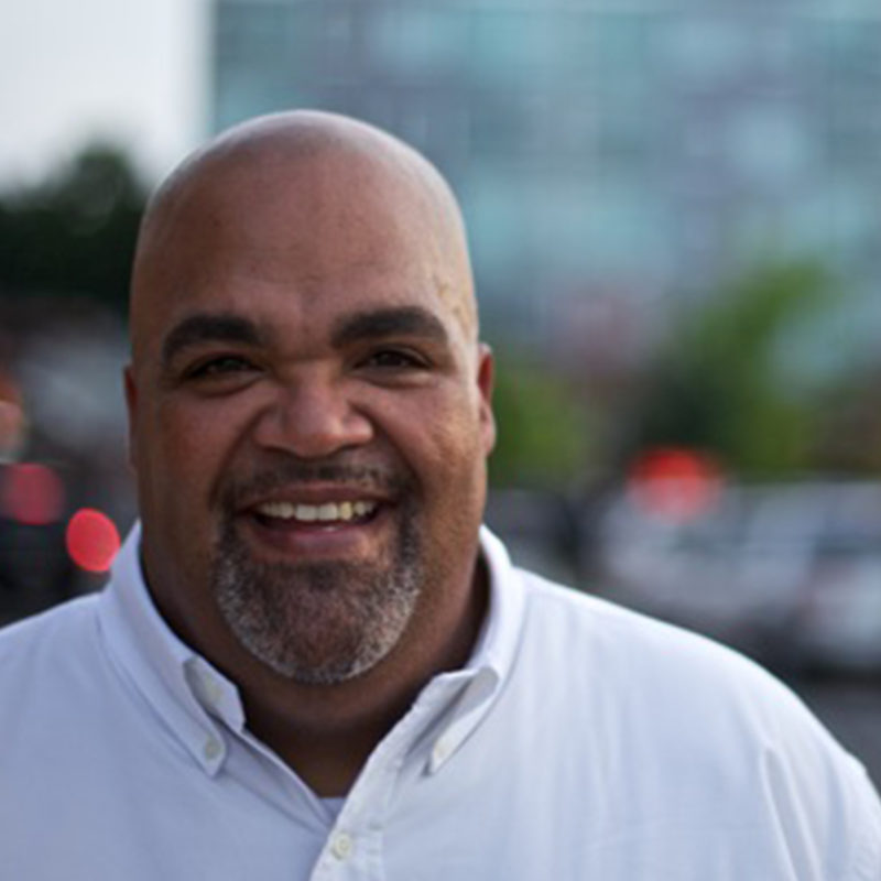 Nationally Renowned Youth Speaker Reggie Dabbs Fired Up for IGNITE